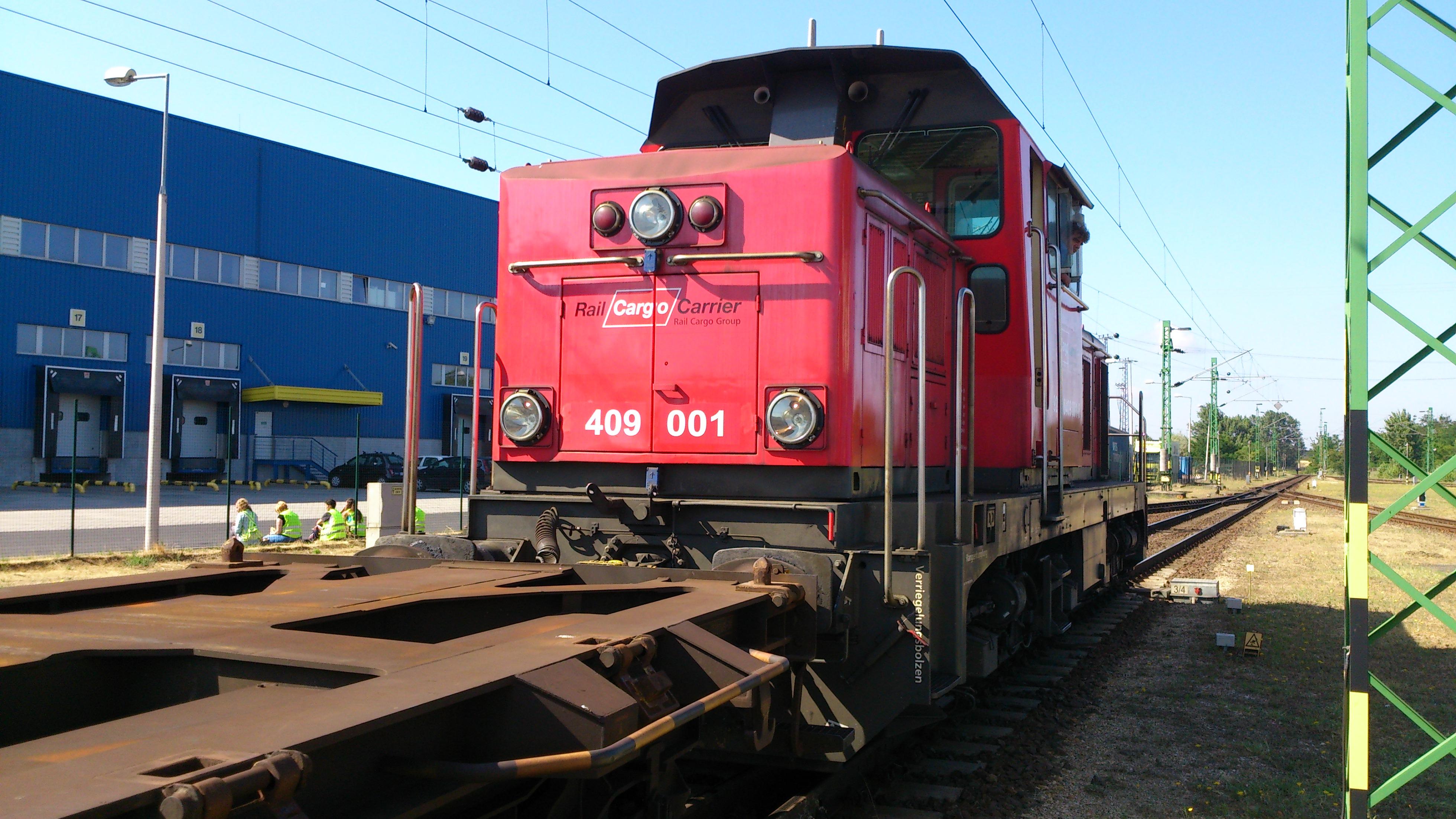 mozdony tesztek füst csökkenés 80%-ig, 10-20% üzemanyag megtakarítás